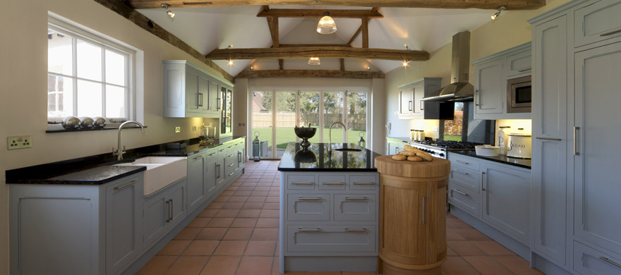 Why should you choose a bespoke kitchen? photo